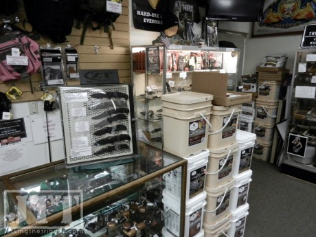 Mens Toy Shop ZT Knives, Wise Food