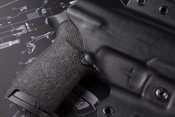 LAG Tactical Defender P320