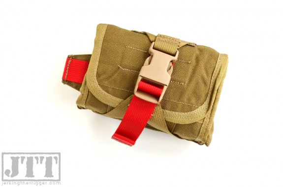 OSOE Compact Tear Off Med Pouch Hori Mounted