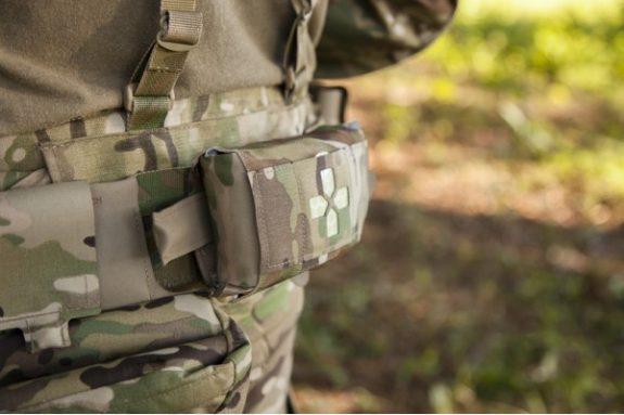 micro-trauma-kit-molle-compatable-600x400